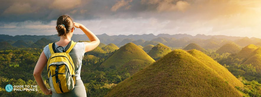 Backpacker in Bohol's famous Chocolate Hills