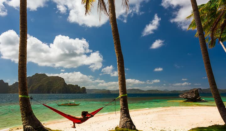 El Nido Island Hopping B Shared Tour with Lunch & Transfers