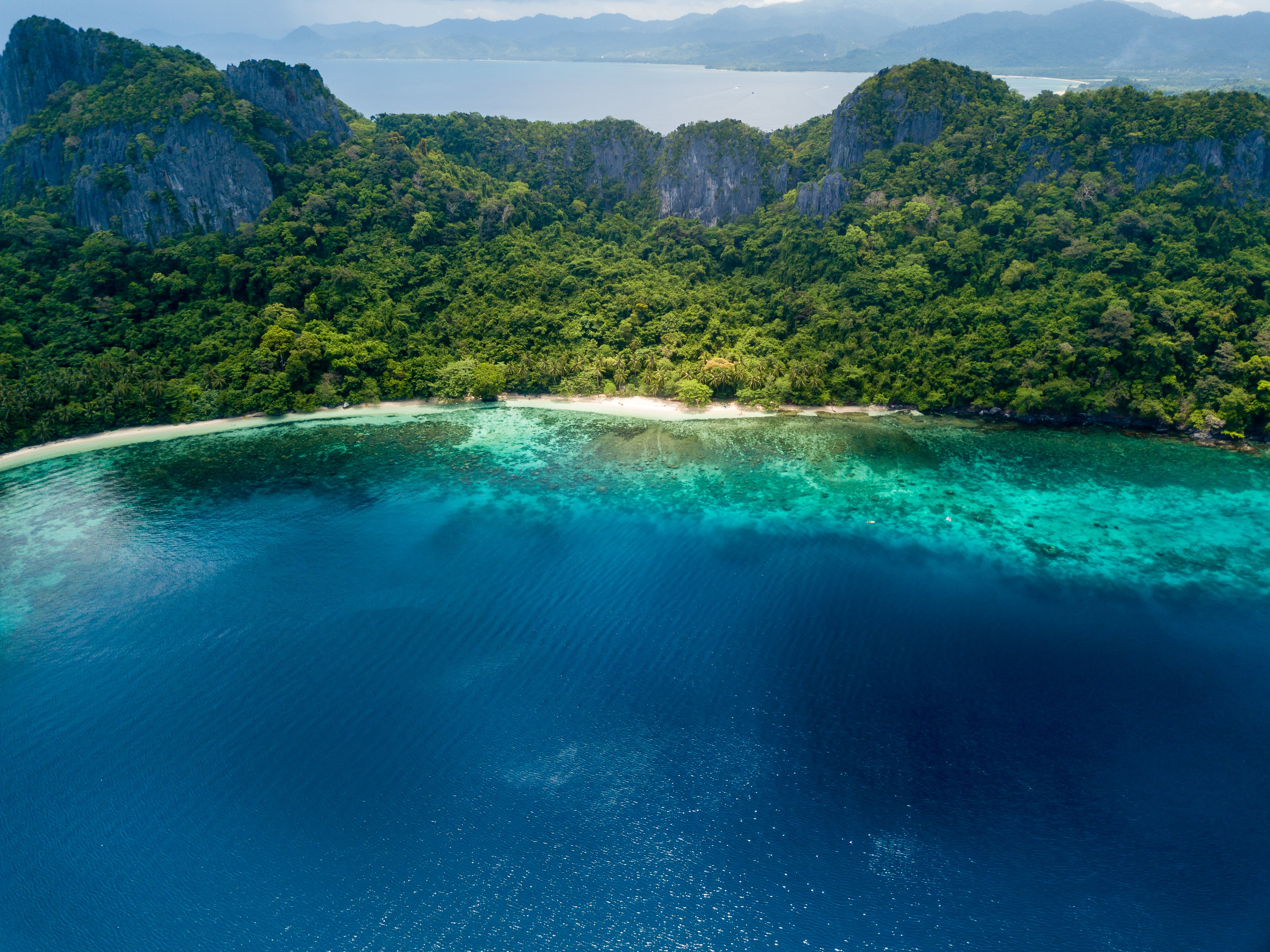 El Nido Island Hopping D Private Tour with Lunch & Transfers