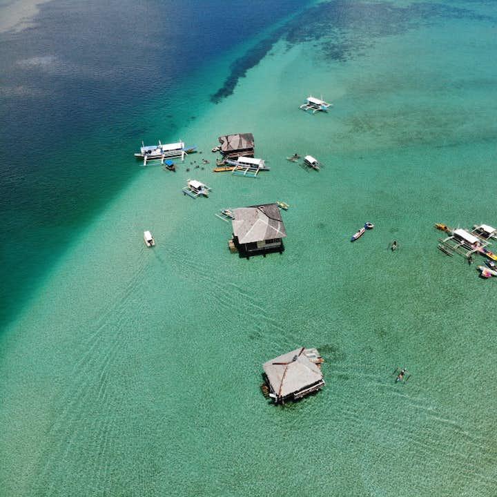 Dumaguete Manjuyod Sandbar & Balinsasayao Twin Lakes Private Tour with Lunch & Transfers