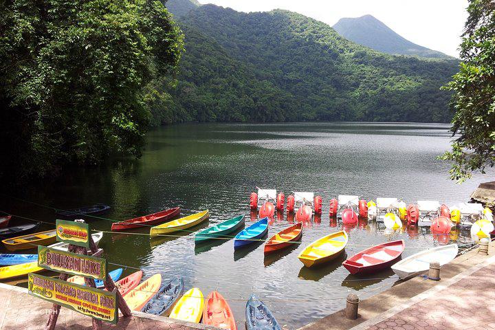 Kayaks parked in Bulusan Lake in Sorsogon