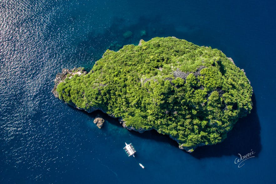 Aerial view of Gato Island