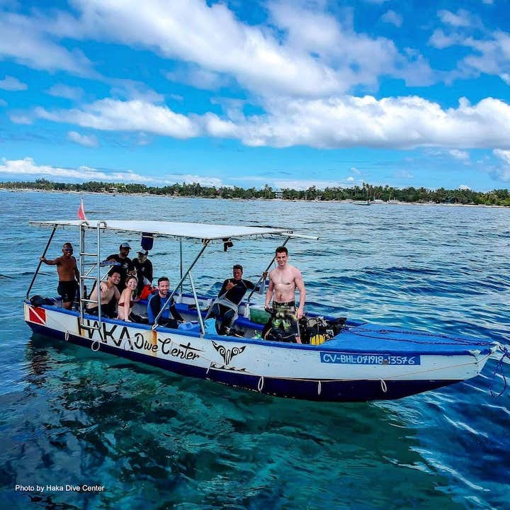 A group of divers getting ready for their dive session in Bohol