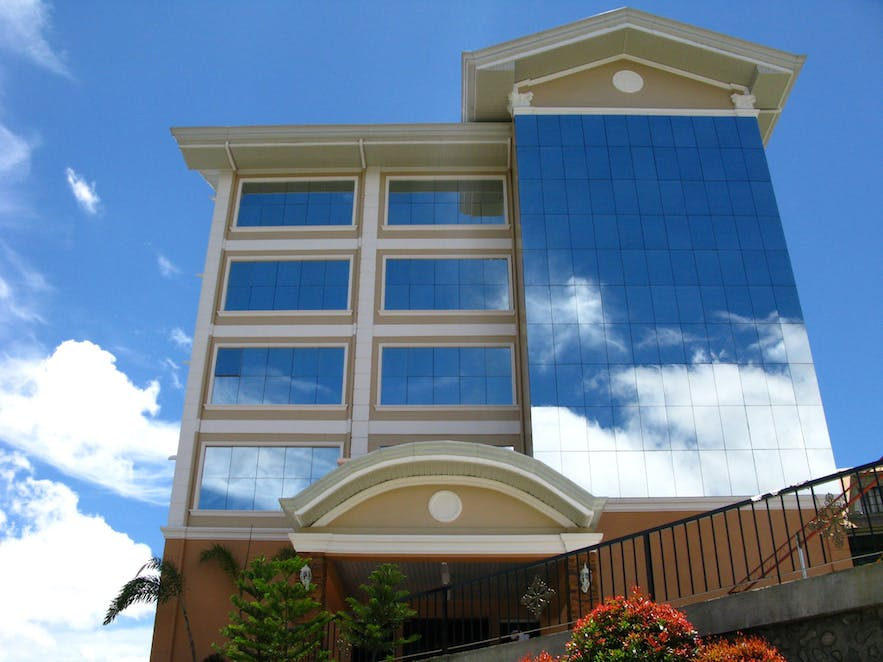 Tall structure of the NYC Manhattan Suites in Baguio