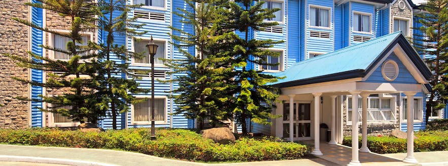 Entrance to the Microtel by Wyndham Baguio