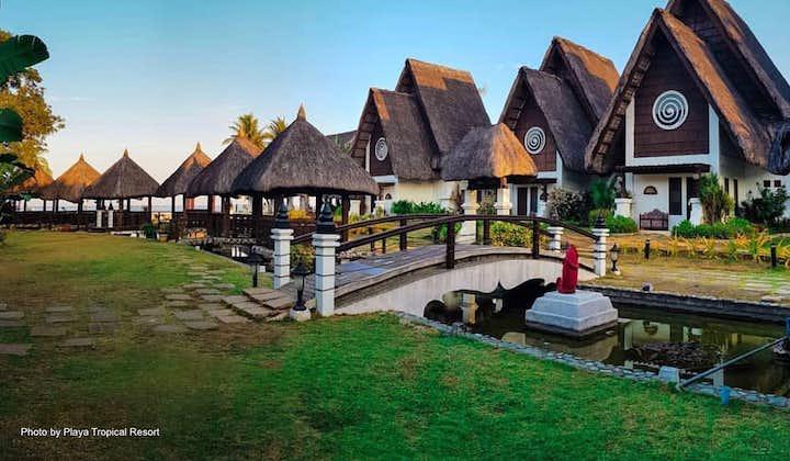 Beautiful villas in Playa Tropical Resort