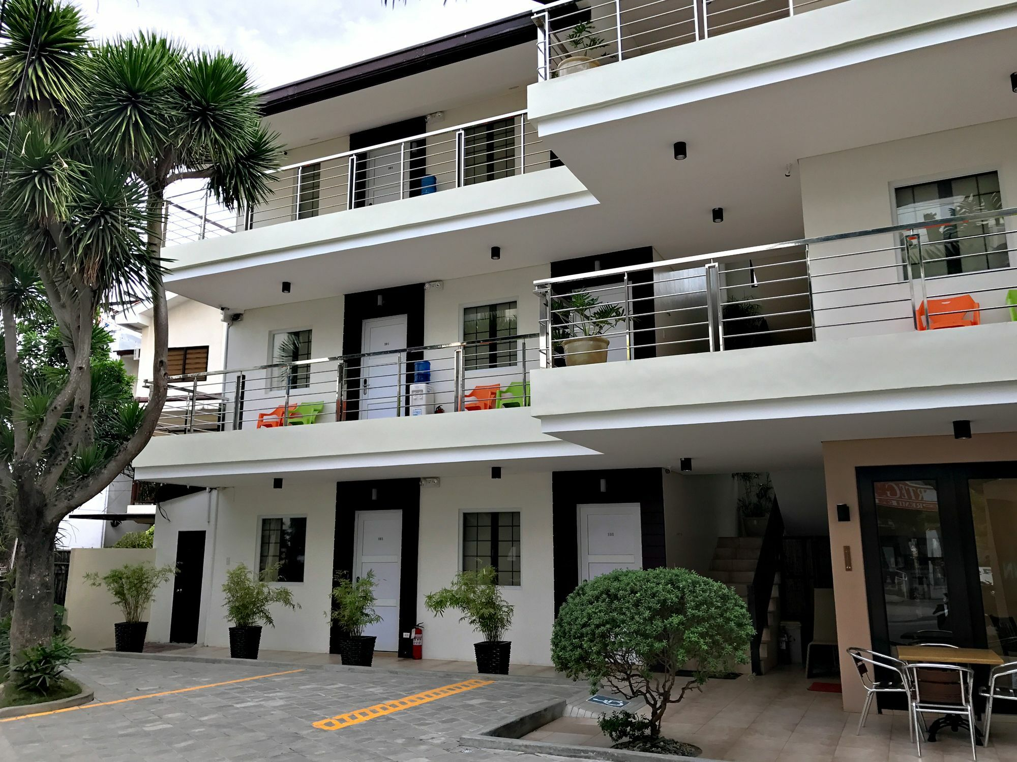3D2N Boracay Package with Airfare   Jinjiang Inn from Manila - day 1
