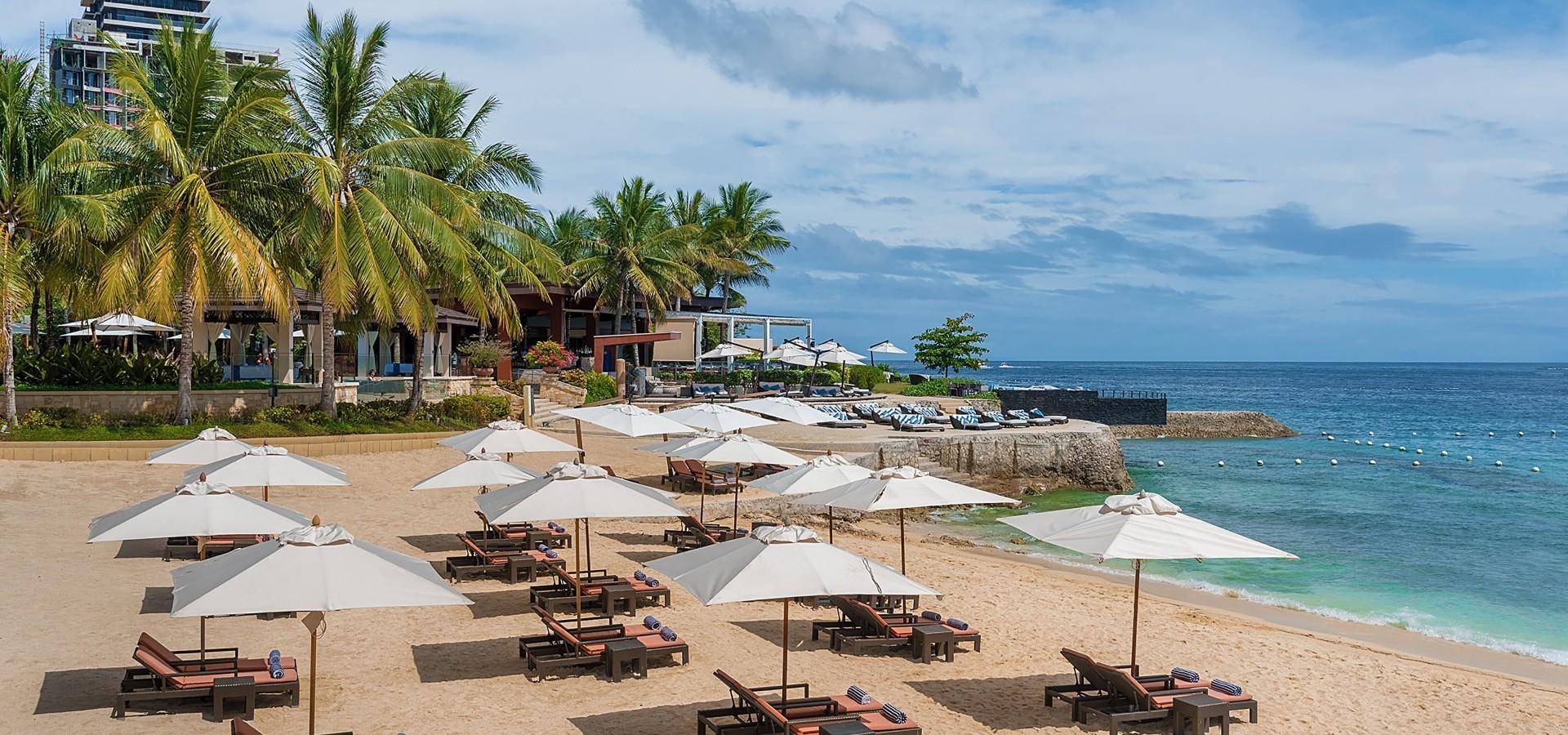 Crimson Mactan Resort private beach