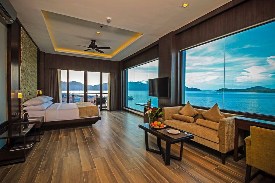 A suite with ocean view in Two Seasons Coron Bayside Hotel