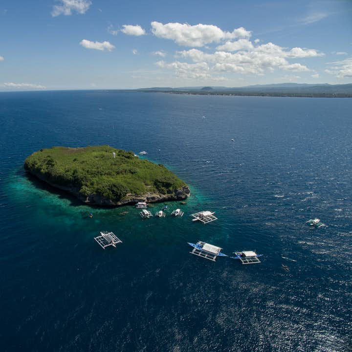Aerial shot of Pescador Island in Cebu
