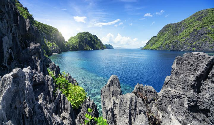 Tapiutan Strait in El Nido Palawan
