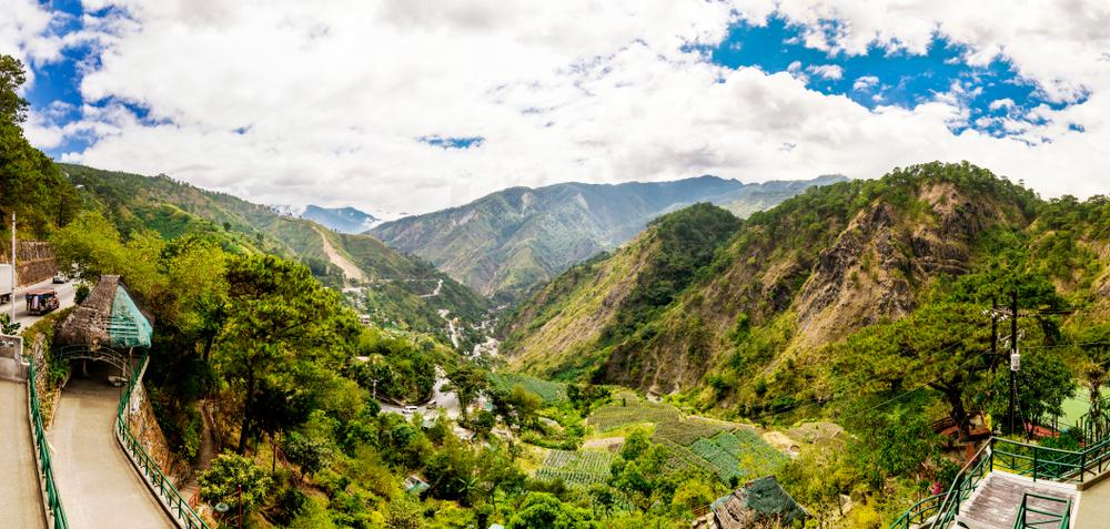 Kennon Road in Baguio