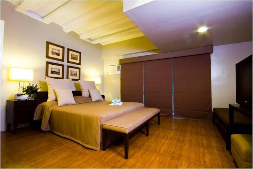 A room in Montemar Beach Club, Bataan