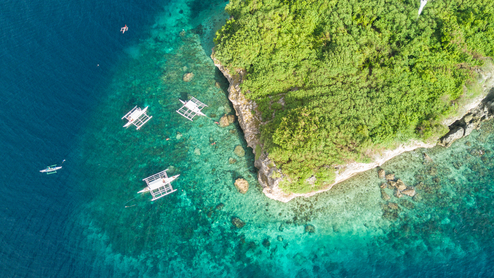 Aerial view of Pescador Island in Cebu