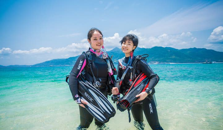 Two girls before going on a fun dives session in Mactan Cebu