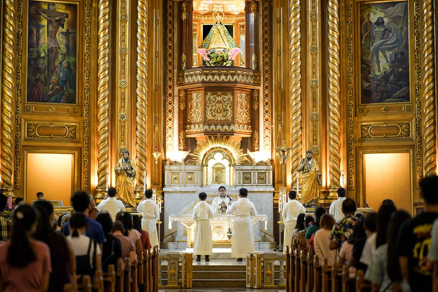 The altar in Antipolo Cathedral