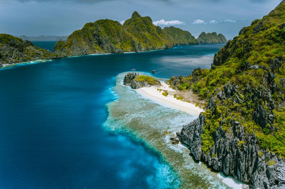 Aerial view of Tapiutan Island in El Nido Palawan