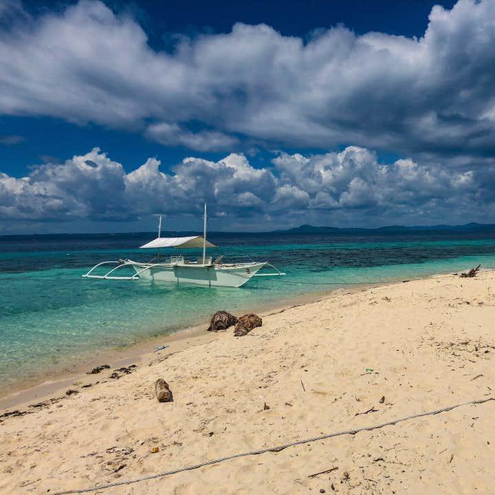 Pamilacan Island beach in Bohol