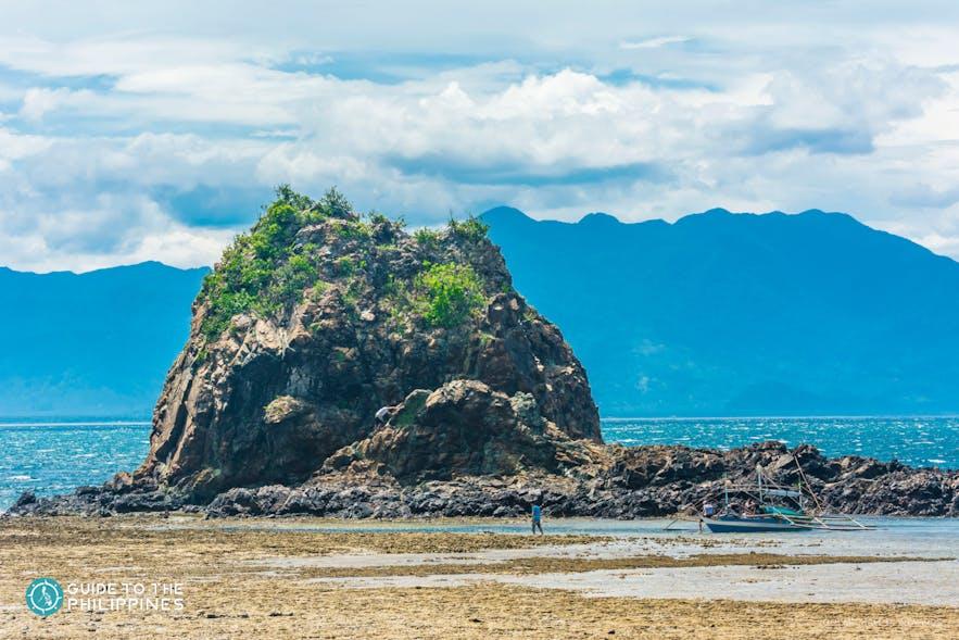 One rock formation in Diguisit Beach, Baler