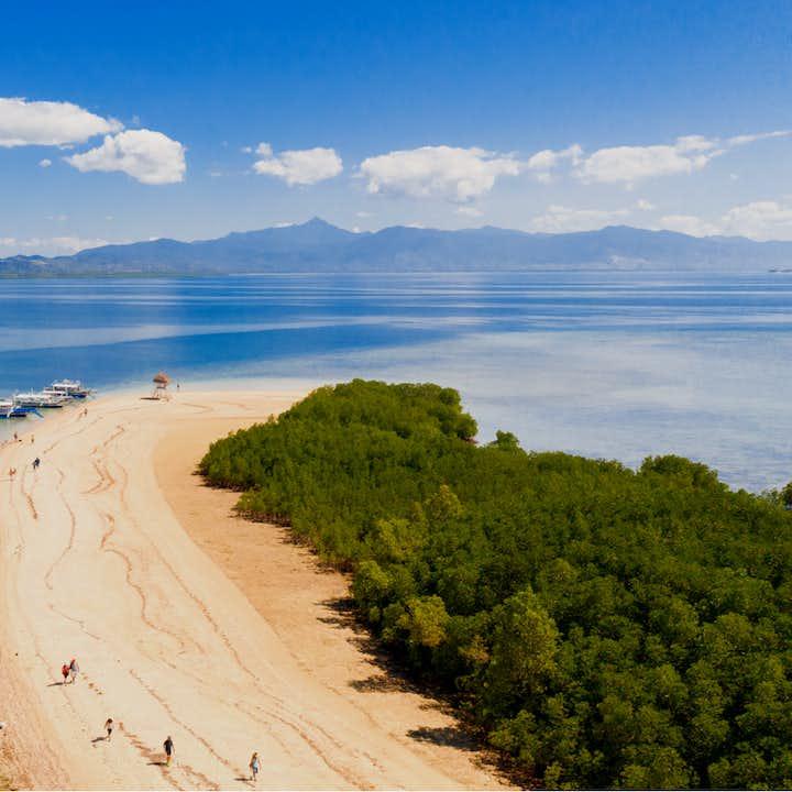 Beautiful beach in Honda Bay Palawan