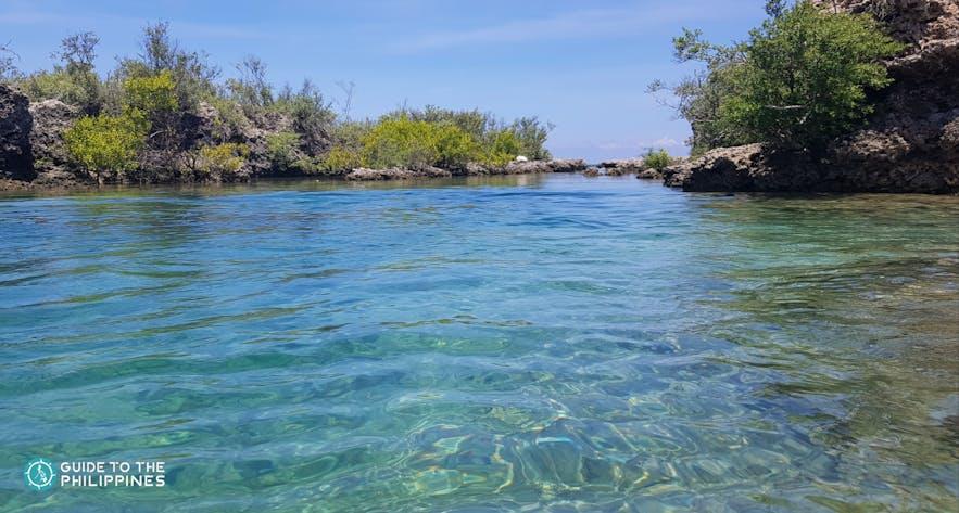 Clear waters in Immuki Island, La Union