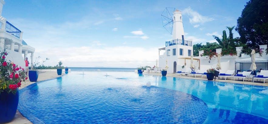 Camp Netanya's swimming pool area