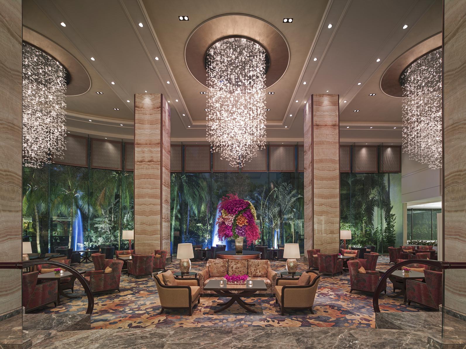 Beautiful Lounge area at the lobby of EDSA Shangri-La Hotel