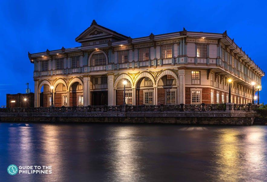 Hotel de Oriental in Las Casas Filipinas de Acuzar
