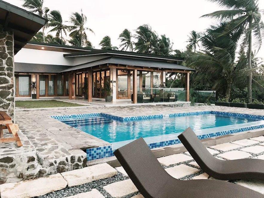 The pool of Casa Kalinaw