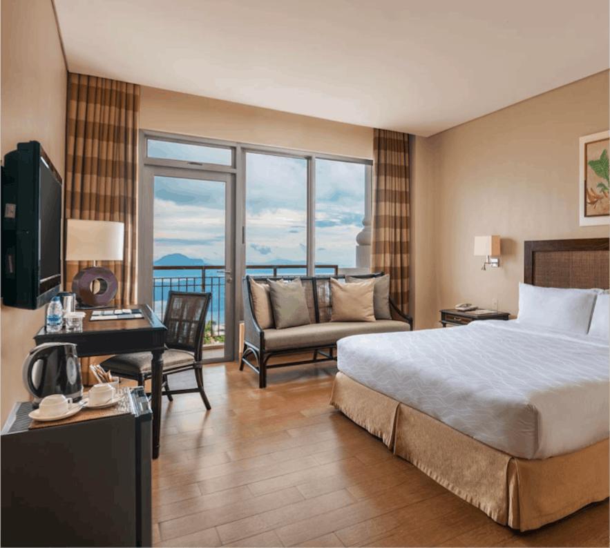 Summit Ridge Tagaytay's deluxe king room