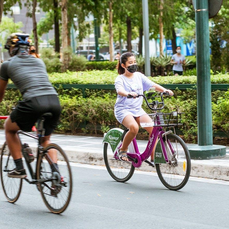 Kid bikes in Bonifacio Global City