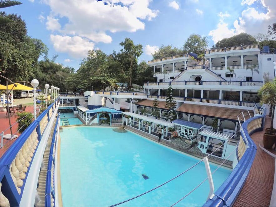 The pool area of Villa Colmenar Resort