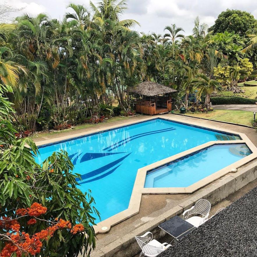 Pool area of Casa Las Brisas