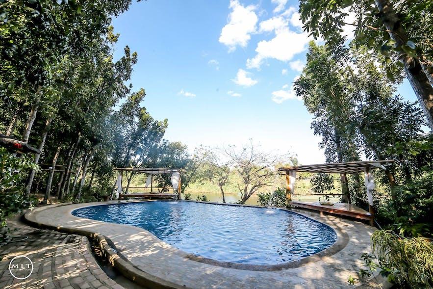 Poolside of Riverfront Garden Resort