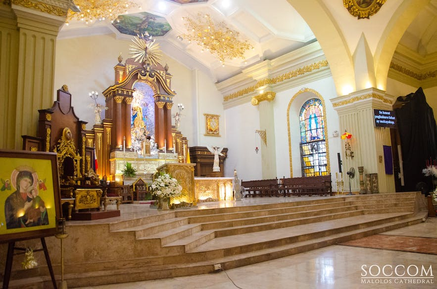 Altar of Malolos Cathedral