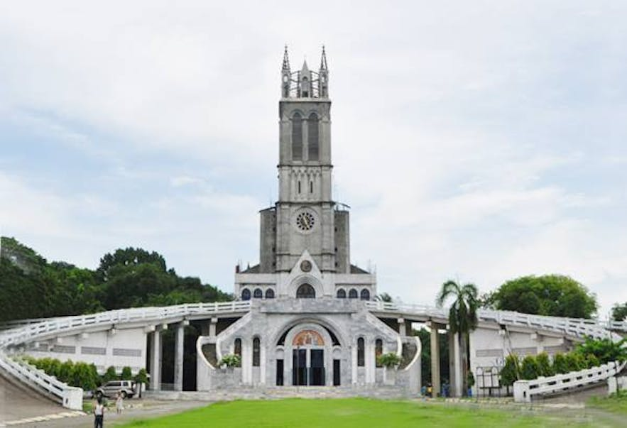 Facade of Our Lady of Lourdes Grotto
