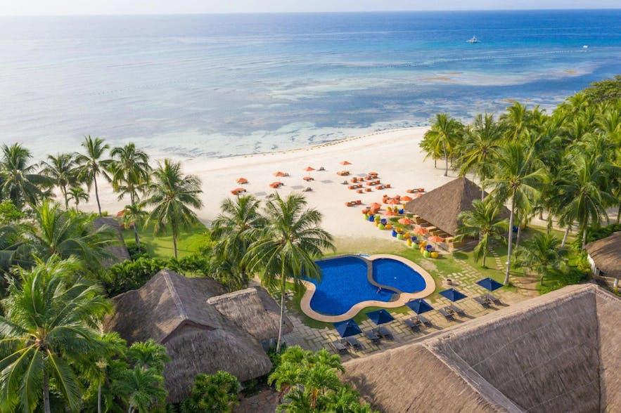 Beachfront of South Palms Resort