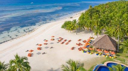 South Palms Resort's beachfront.png