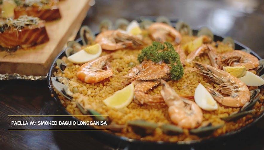 A paella with Baguio longganisa at Cocina del Sol