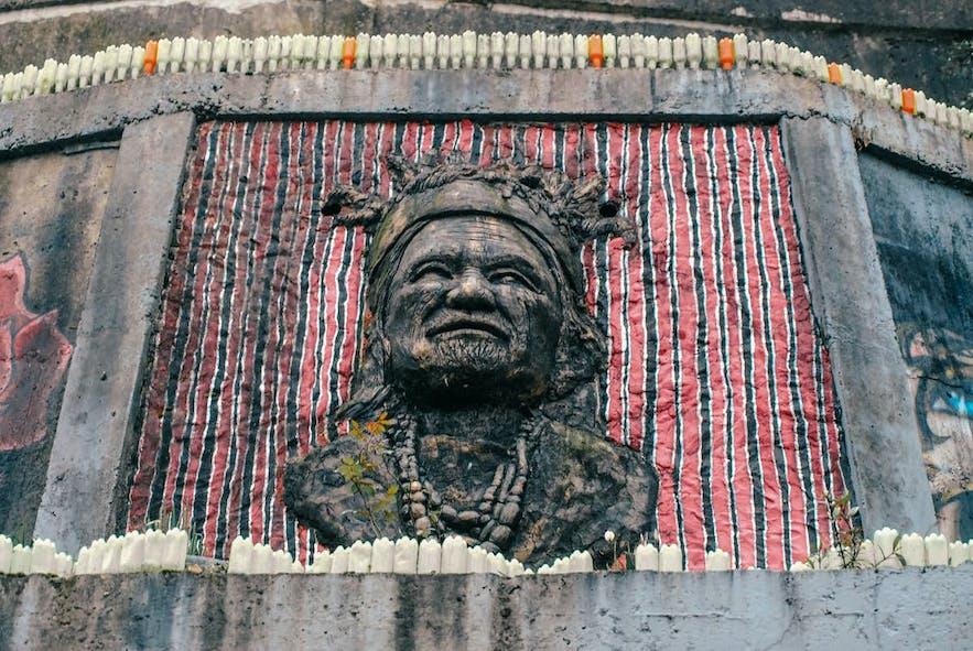 An artwork in Tam-awan village in Baguio