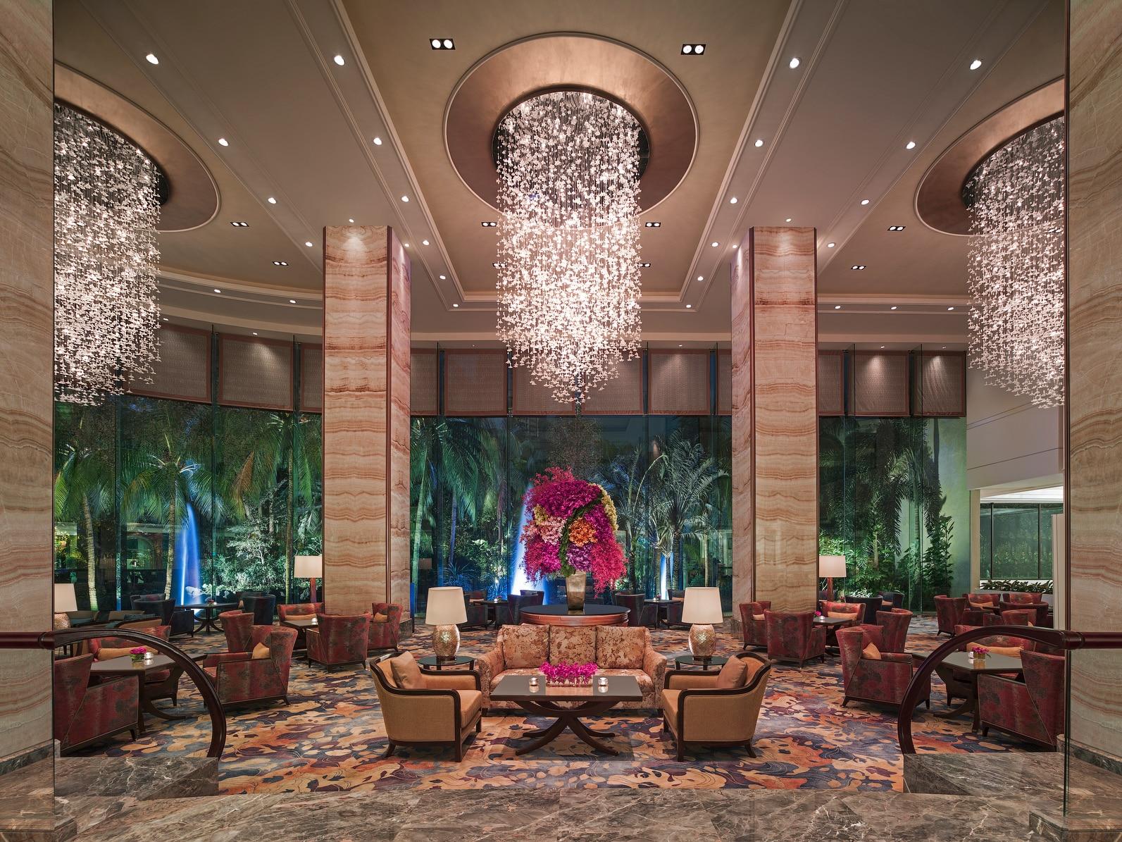 Lobby and lounge area of Shangri-la EDSA Hotel