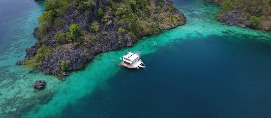 Aerial view of the Paolyn Houseboat.jpg