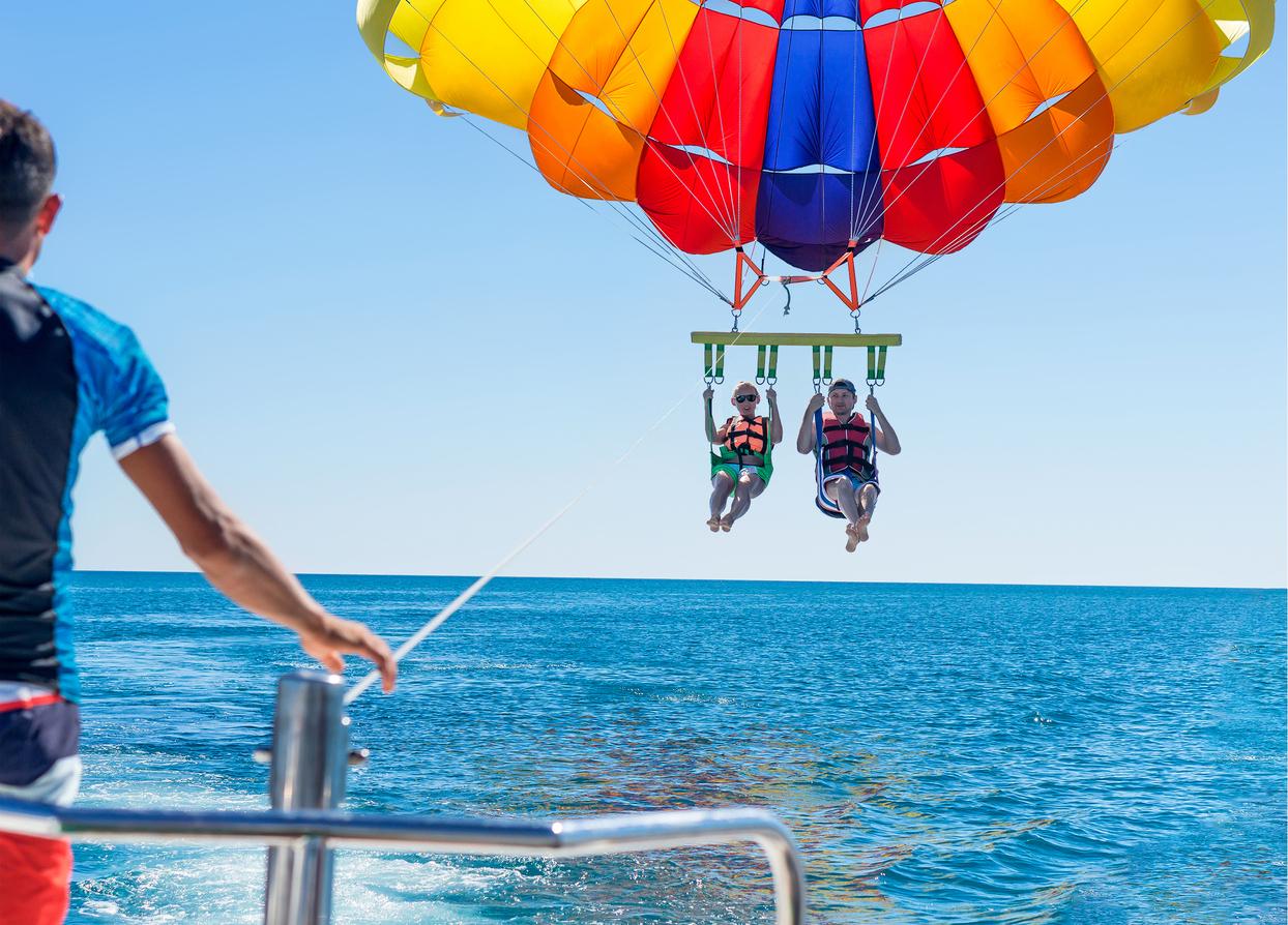 Double-flyer parasailing in Boracay Island