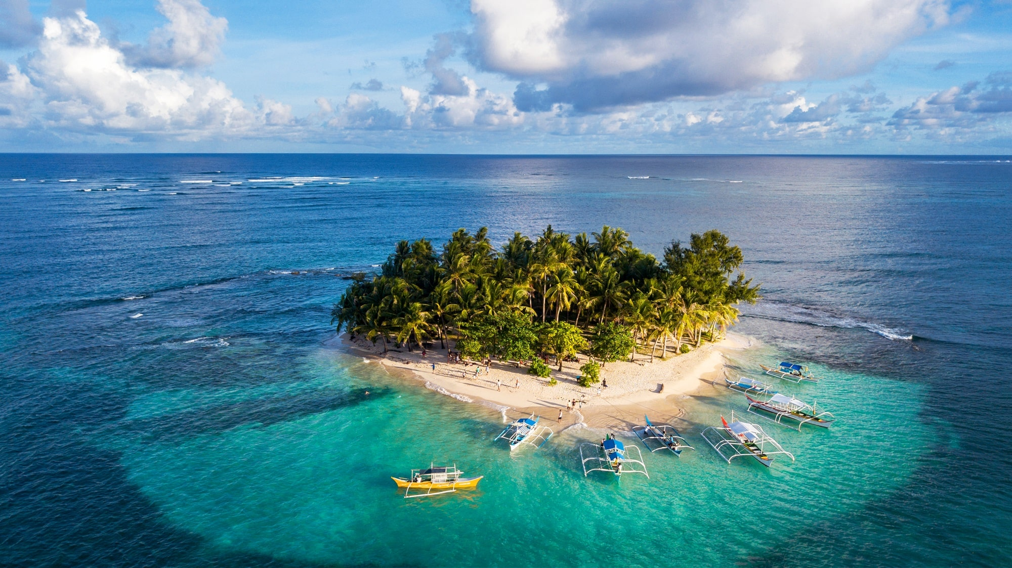 Siargao Island Hopping at Guyam Island
