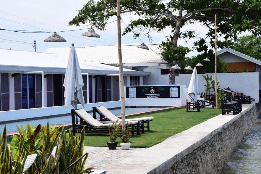 The Beachhouse's poolside