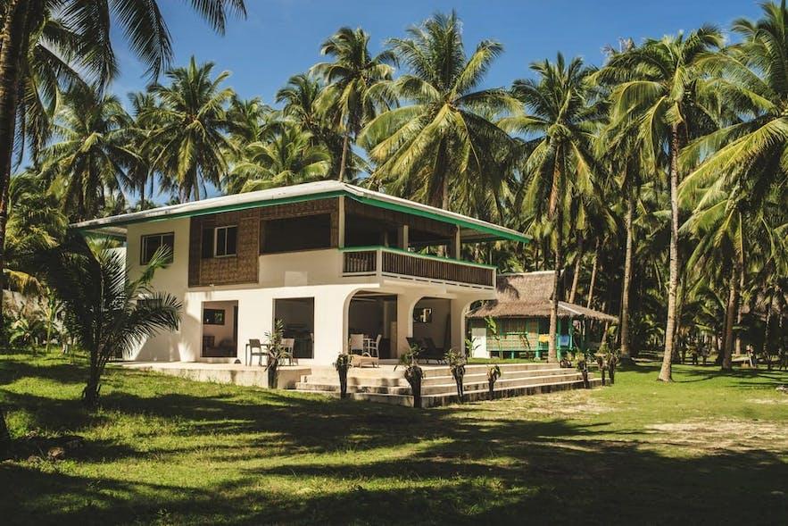 Pacifico Beach Resort's garden house