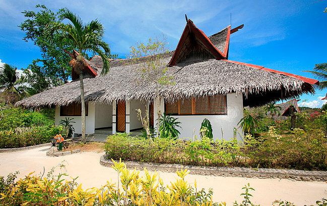 Facade of Junior Suite at Badian Island Wellness Resort