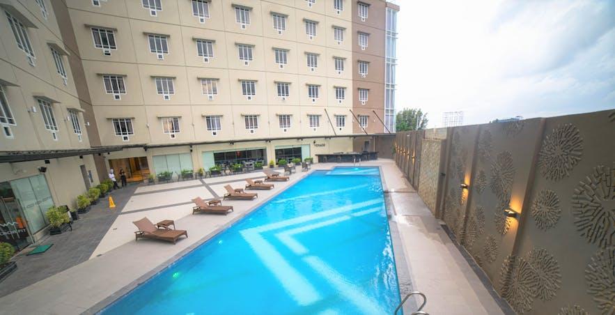 Acacia Hotel Davao's outdoor pool