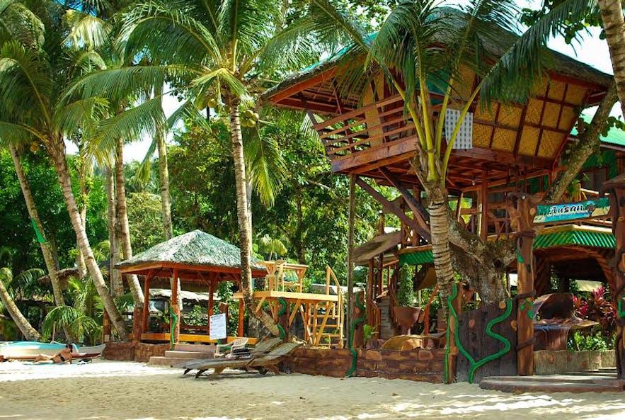 Ausan Beach Front Cottages & Restaurant