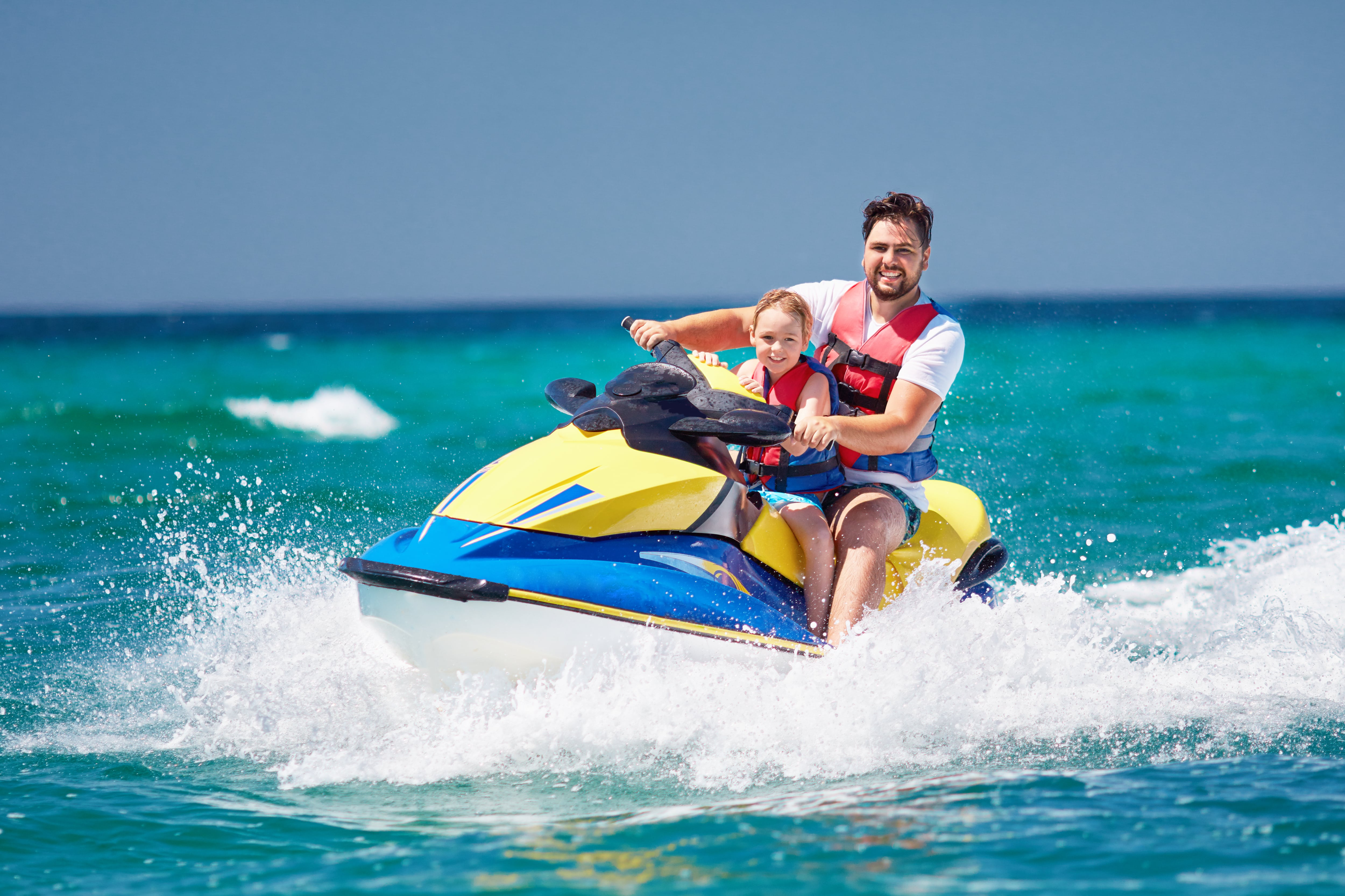 10-17 years old are allowed to go jet skiing under adult supervision
